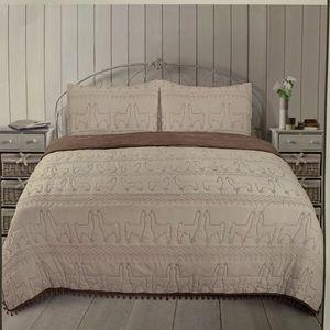 Sleeping Partners Llama Quilt Set New* Full/Queen